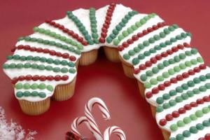 110_candycane_cupcakes_l