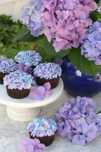 Hydrengea-cupcakes