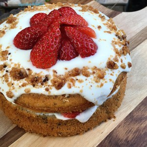 Strawberry Earl Grey Yogurt Cake 2
