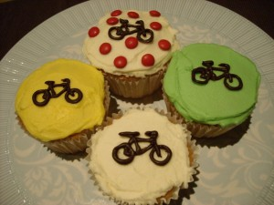 bicycle cupcake