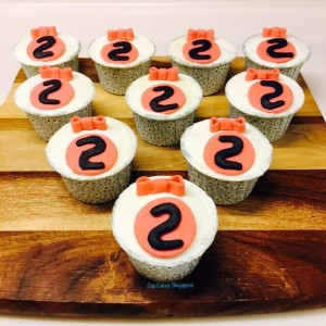 bow-cupcake