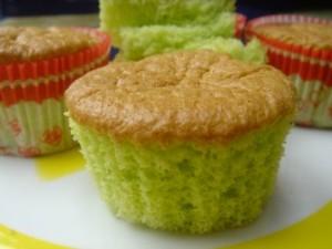 pandan chiffon cupcakes