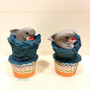 shark cupcake2