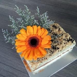 sunflower-cake