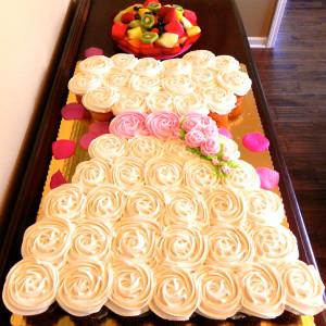 wedding-dress-cupcakes